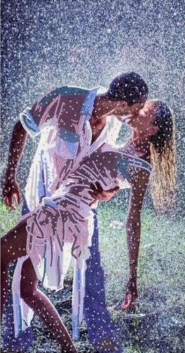 "Канва/ткань с нанесенным рисунком Конёк ""Поцелуй под дождем"""