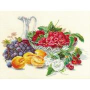 """Набор для вышивания крестом Алиса """"Абрикосы и малина"""""""