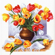 "Канва с нанесенным рисунком Матрёнин посад ""Тюльпаны"""