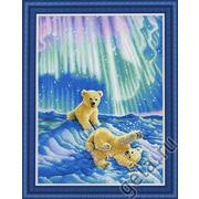 """Набор для вышивания крестом Kustom Krafts Inc. """"Медвежата в северном сиянии """""""