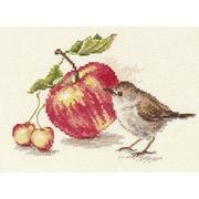 """Набор для вышивания крестом Алиса """"Птичка и яблоко"""""""