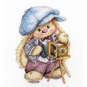 """Набор для вышивания крестом Алиса """"Зайка Ми. Фотограф"""""""